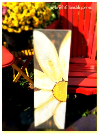 Easy Diy and Craft! Use scrap wood and turn it into a hand painted piece of garden or entry art. Daisy wood plaque welcome sign. mybrightideasblog.com